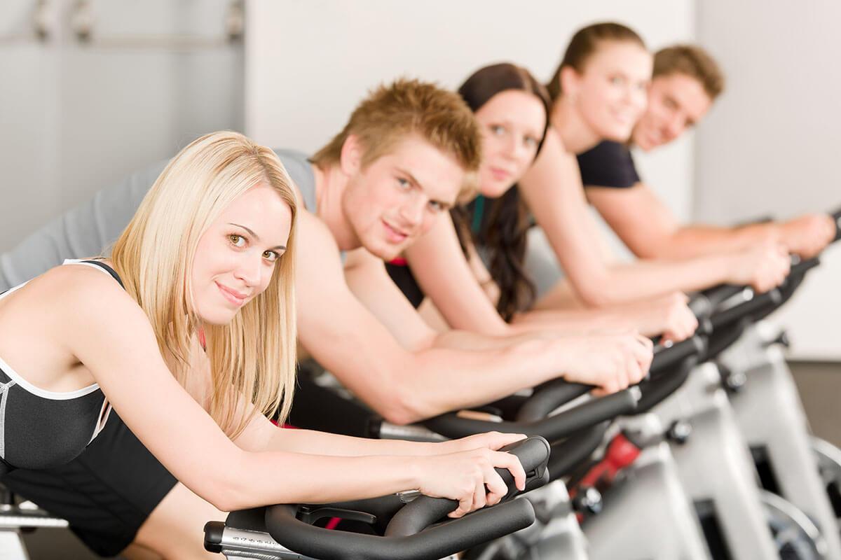 sfida di fitness in palestra